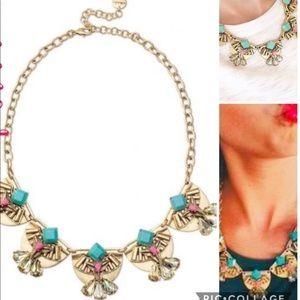 Stella & Dot Devina Statement necklace